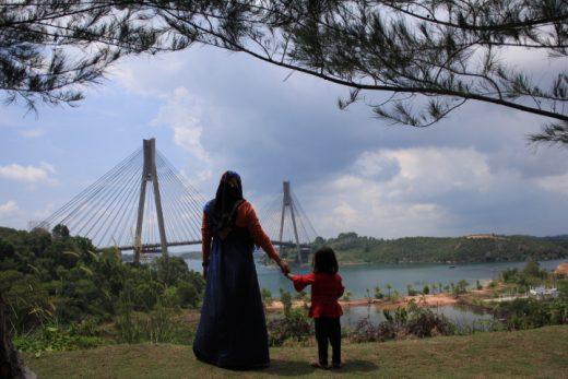 Percantik Jembatan 1 Barelang, Pemko Pindahkan Pedagang ke Dendang Melayu