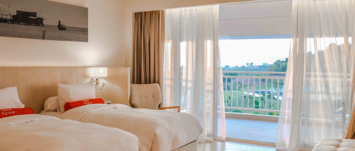 Harris Resort Barelang Tampil dengan Indentitas Stay Bright