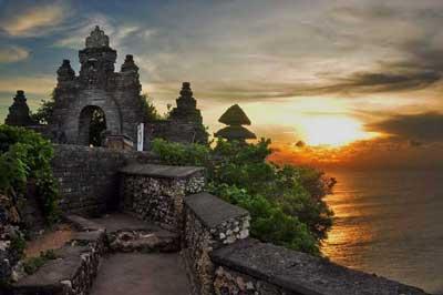 Usulan Sandi Agar Bali Kembangkan Wisata Halal Ditolak