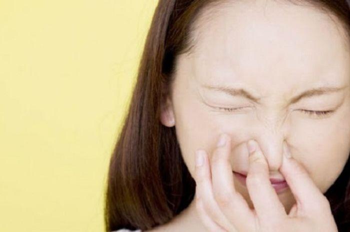Menahan Kentut dan Bersin Berdampak pada Kesehatan