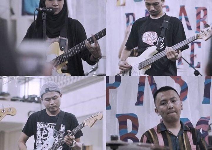 Menunggu Release Party EP Album Midnight Clay,  Band Tweepop Batam