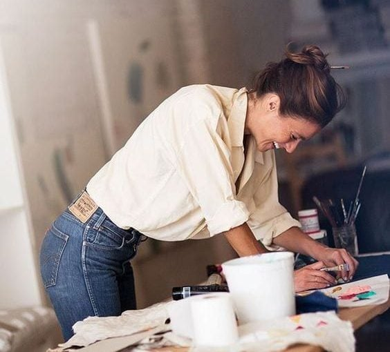 4 Perlakuan Seksis yang Masih Dialami Perempuan di Tempat Kerja