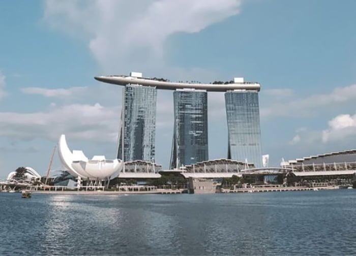 Singapura Lockdown 1 Bulan