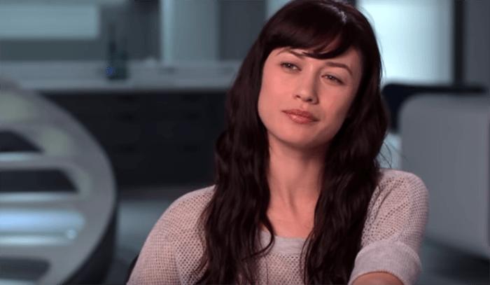 Pemain James Bond, Olga Kurylenko Positif Terpapar Virus Corona