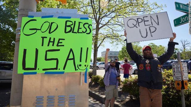 Warga AS Demo agar Aturan Lock Down Dihentikan