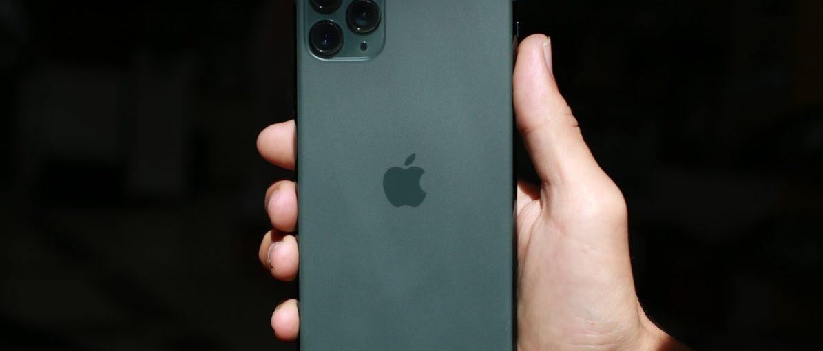 Pengguna Keluhkan Masalah Tampilan iPhone