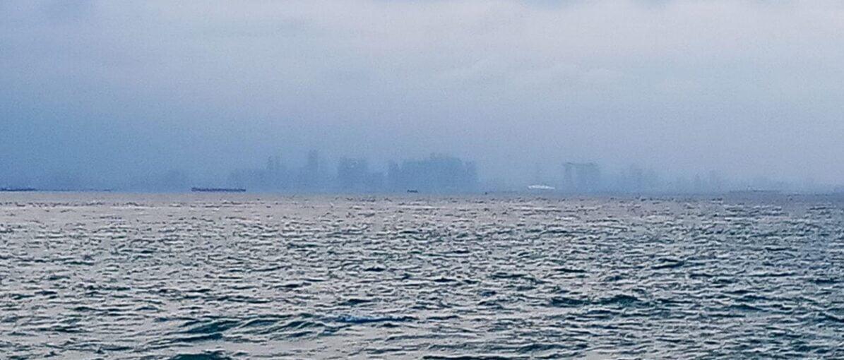 Memandang Singapura Lebih Dekat dari Tanjung Dato'