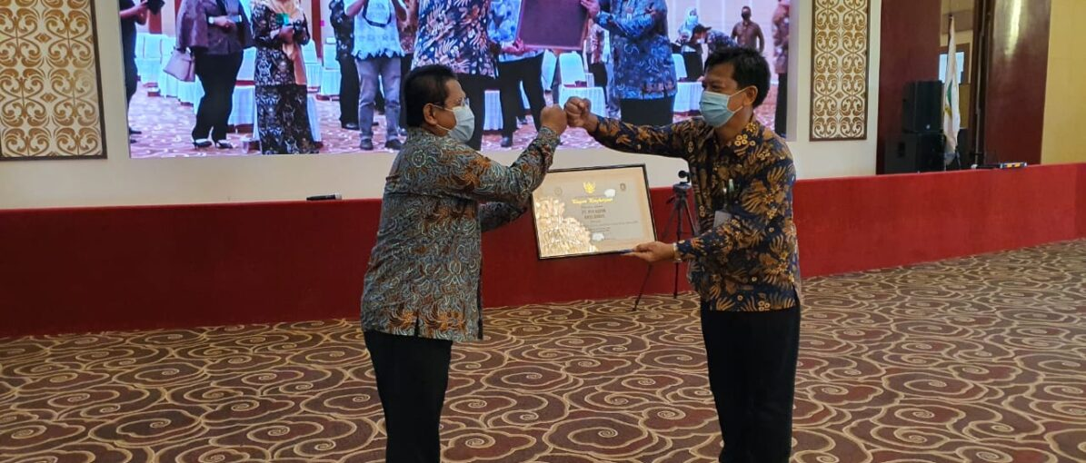 Bright PLN Batam Terima Penghargaan Zero Accident