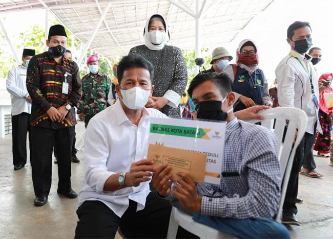 Baznas Berikan Bantuan Kepada Penyandang Disabilitas di Batam