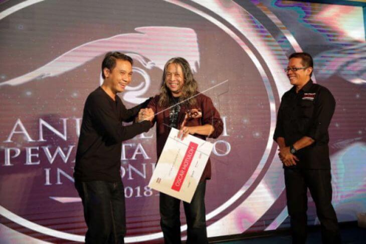 Oscar Motuloh Raih Lifetime Achievement APFI 2018