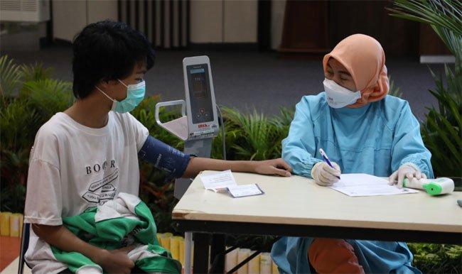 Vaksinasi Covid-19 Tahap Dua untuk Keluarga BP Batam